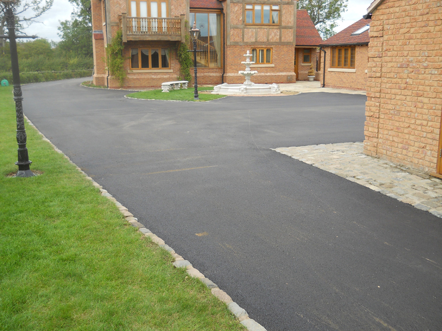Pro-Surfacing Drive Way